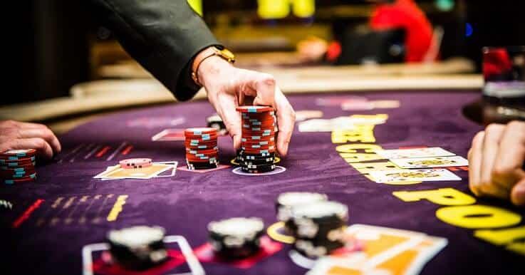 Kinh nghiệm chơi Blackjack – Kiếm 500K mỗi ngày quá dễ dàng