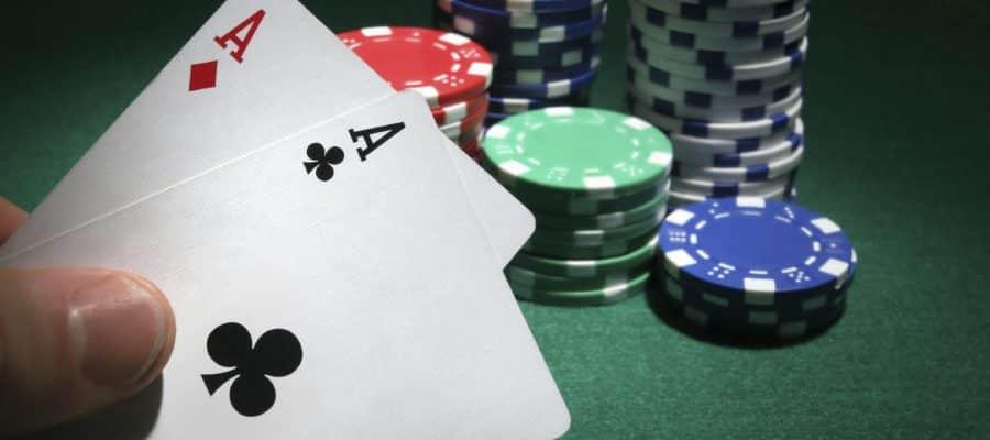 Chiến thuật chơi Blackjack tăng cơ hội chiến thắng cho người mới